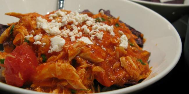 La manteca ayudo a la torilla a hacerla impermeable a las salsas, como con los chilaquiles. // Foto: Especial