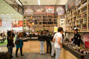 Más de 50 productores y distribuidores ofrecieron sus productos. // Foto: Vía Facebook.