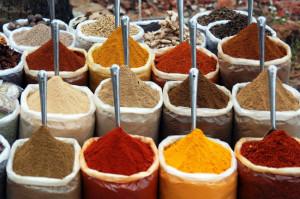 Tanto a la mezcla de especias como a los platillos que se preparan con ella se les llama curry y existe una gran variedad de ellas. // Foto: Especial.