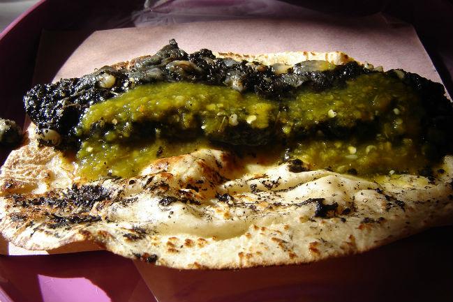 Existen distintos tipos de quesadillas pero no siempre llevan queso, como su nombre lo sugiere. // Foto: Especial.