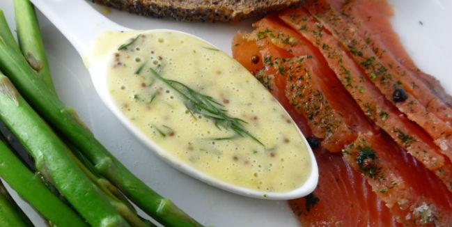 El eneldo es perfecto para acompañar pescados, en especial el salmón. // Foto: Especial.