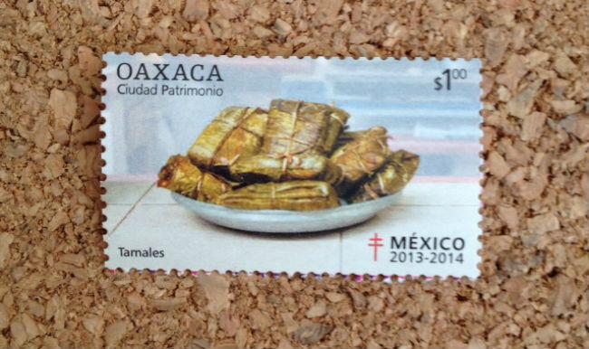 Con este timbre enviaré la receta de los muy famosos y amados tamales oaxaqueños. // Foto: Carmen Castillo.
