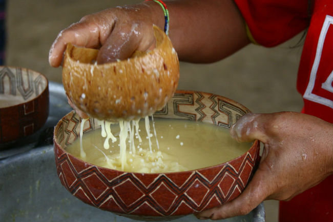 El cavi de Brasil se produce con yuca o mandioca y en un principio se elaboraba de manera similar a la chicha de maíz. // Foto: Especial.