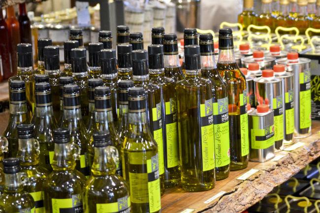 El sabor de un aceite de oliva depende del lugar de donde proviene el olivo y el terruño en el que crece. // Foto: Allen Sheffield (Creative Commons)