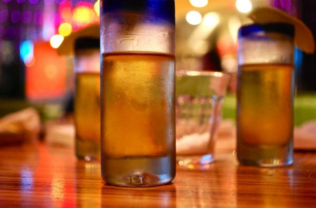 El tequila fue el primer producto mexicano en contar con denominación de origen y le fue asignado en 1974. // Foto: KittyKaht (Creative Commons)