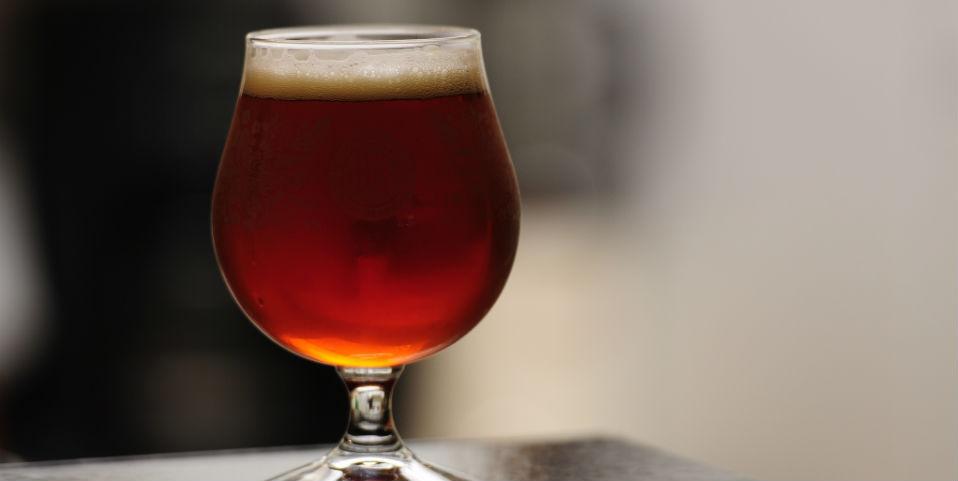 Cerveza, el nuevo mezclador favorito en la coctelería