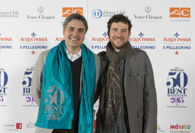 Mikel Alonso y Gerard Bellver, chefs de Biko, que ocupó el lugar 37 de la lista. // Foto: The World's 50 Best Restaurants 2015