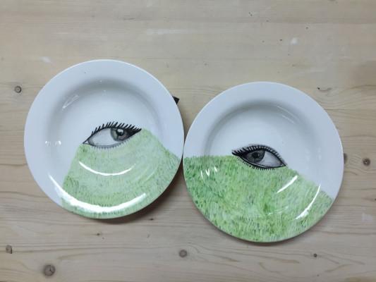 Ojos-cesped-101871