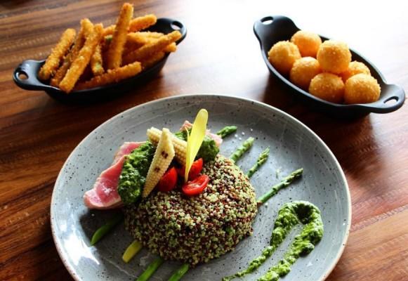 quinoa con atún