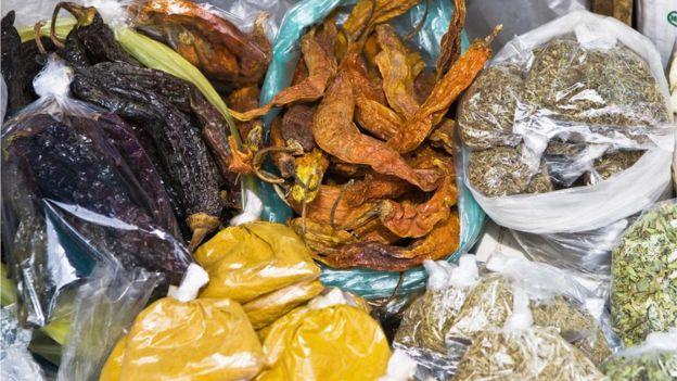 Puede que no sea el condimento más usado, pero sí es posible encontrarlo en los mercados populares de la región.