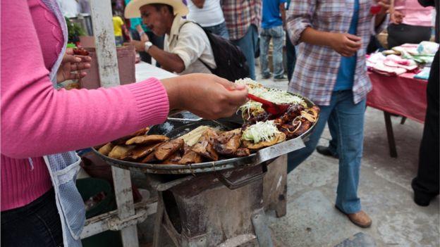 La cúrcuma no parece desentonar con la explosión de sabores y colores de la comida latinoamericana.