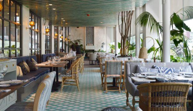 Terraza del restaurante Aitana. Recomendamos que hagas reservación.