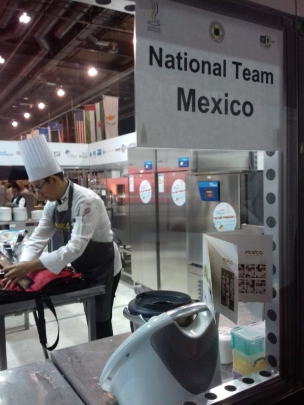 Estudiantes mexicanos que participaron en olimpiada alemana. //Foto: Escuela Culinaria de México.
