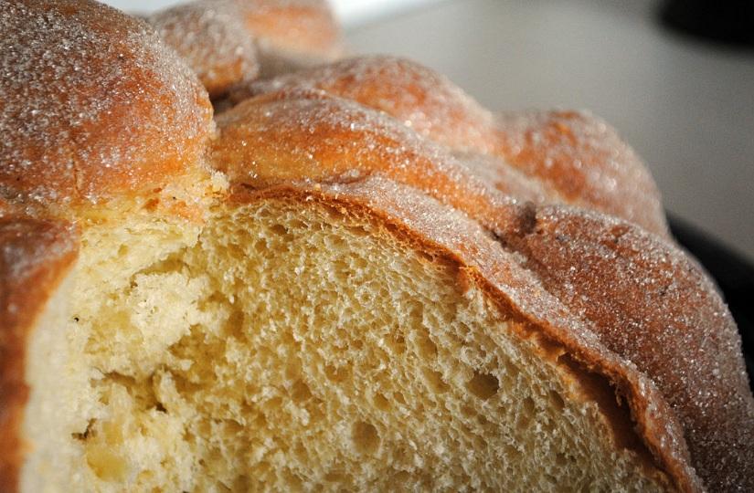 Pan de muerto. // Foto: wikimedia commons.