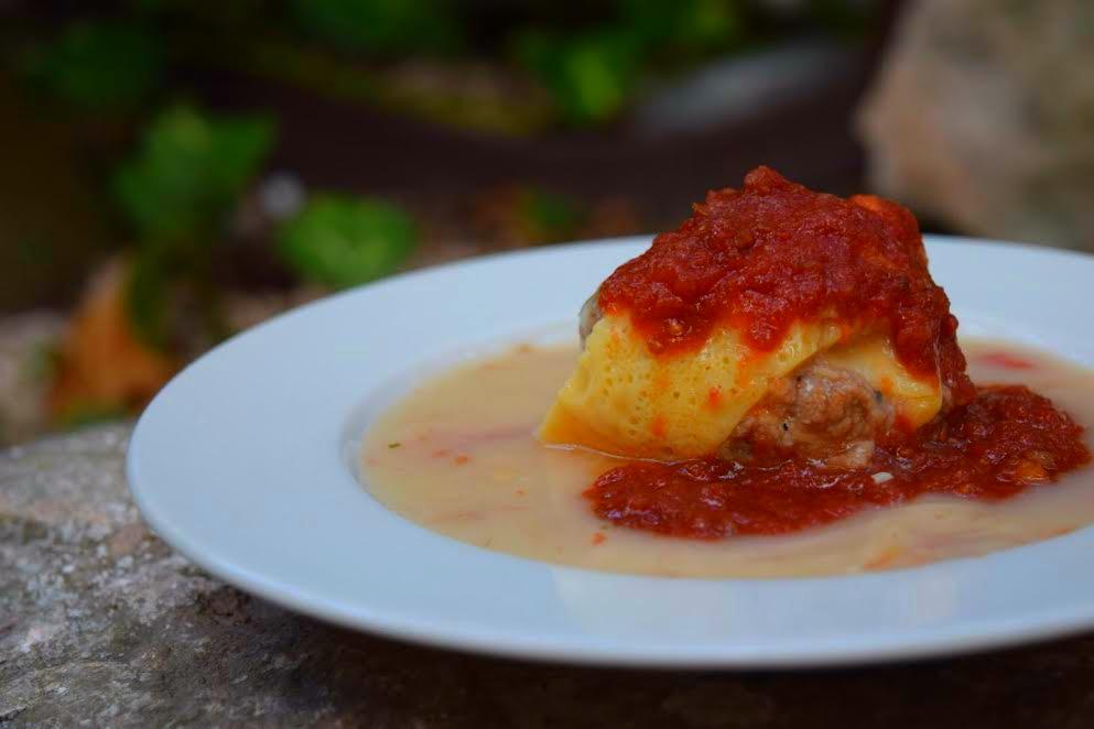 Queso relleno, uno de los platos típicos de la cocina yucateca. // Foto: Mayra Zepeda.