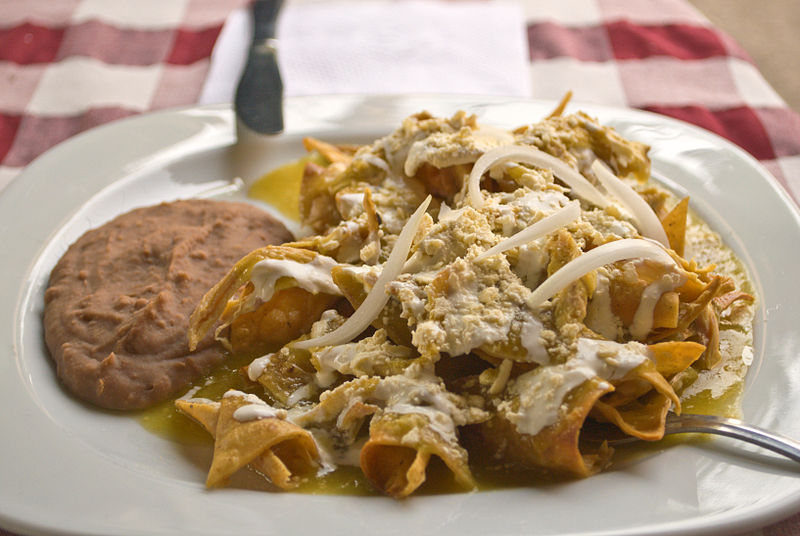 01_Chilaquiles_verdes_con_frijoles_chinos