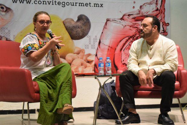 Lolina Echeverría y el chef Ricardo Muñoz Zurita.