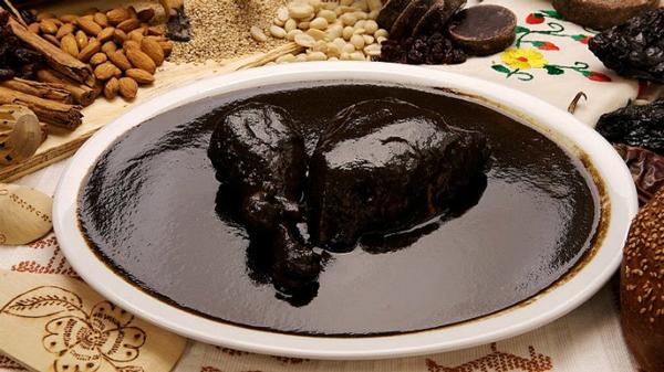guelaguetza-mole-negro_0