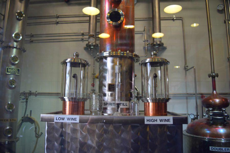 El bourbon de Jim Beam se destila dos veces.