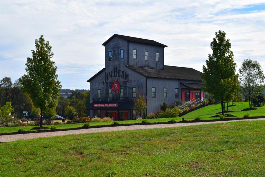 La destilería de bourbon Jim Beam se encuentra en Clermont, Kentucky.