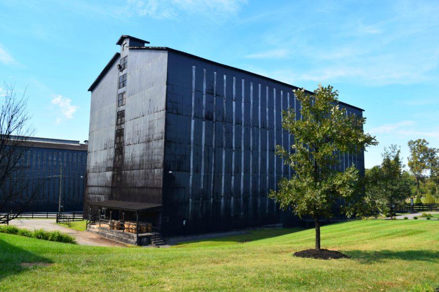 Una de las bodegas construidas en los años 30 puede albergar 20 mil barriles de bourbon. En las nuevas se pueden guardar hasta 56 mil.