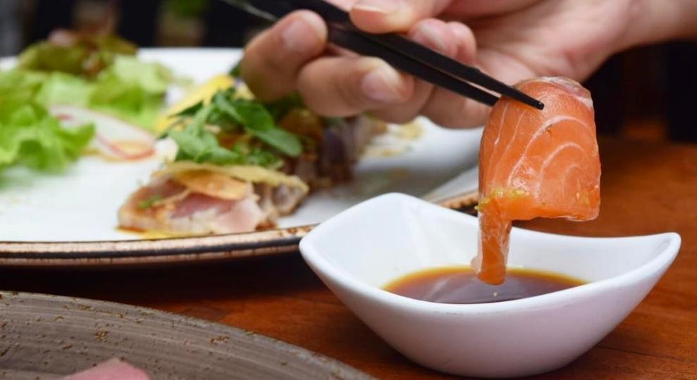 Sashimi de salmón. // Foto: Mayra Zepeda (@Mayra_Zepeda)