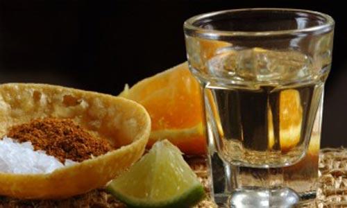 Disfruta el sabor del mezcal con naranja y otras cosas