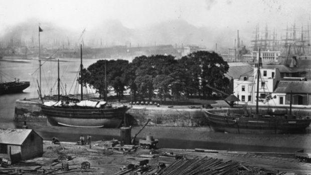 Una de las modalidades de contrabando era el robo a los barcos antes de que fueran inspeccionados por funcionarios de hacienda.