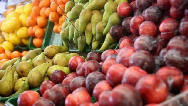 ¿Es el azúcar de las frutas igual de dañino que el de los caramelos?