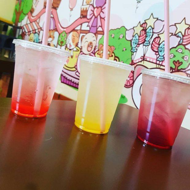 Para los 45º de temperatura a los que llega Monterrey, estas sodas son la opción. Foto cortesía de Meow Café.