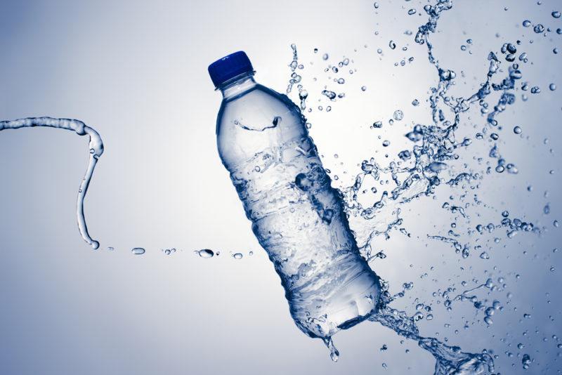 tipos de agua embotellada