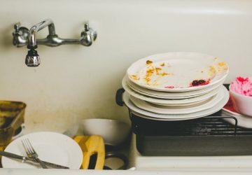8 consejos para lidiar con la pila de platos sucios