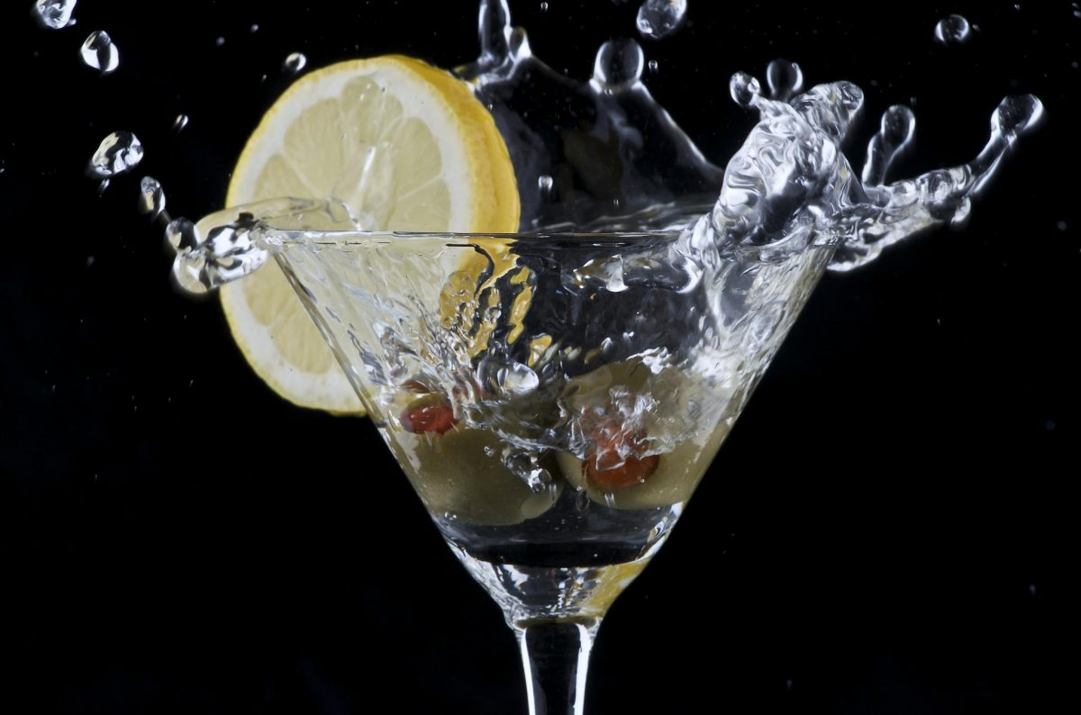 La historia del clásico martini y cuántas maneras hay de prepararlo
