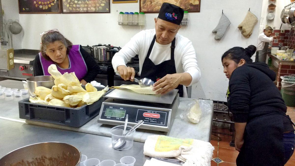El Chef Mexicano Que Enseña A Mujeres A Cocinar Para Generar Ingresos