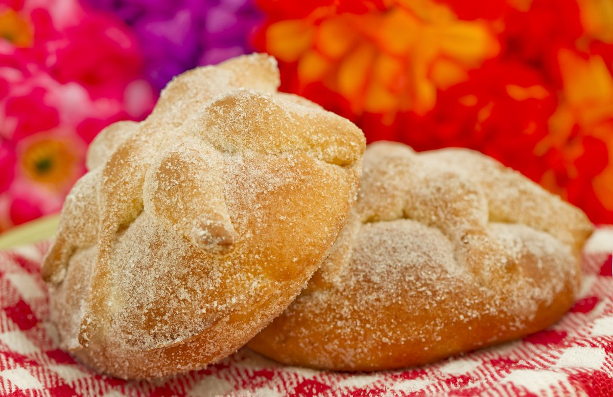 El pan de muerto perfecto: tres características para reconocerlo