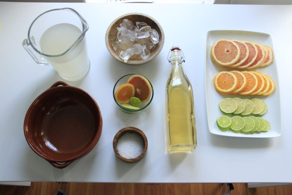 Raicilla, una bebida tapatía prima del tequila y el mezcal