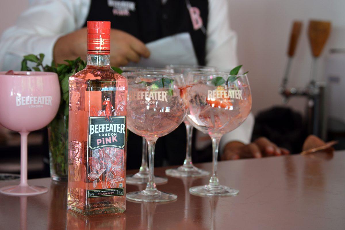 ¡A beber ginebra rosa! 4 recetas de cocteles con Beefeater Pink