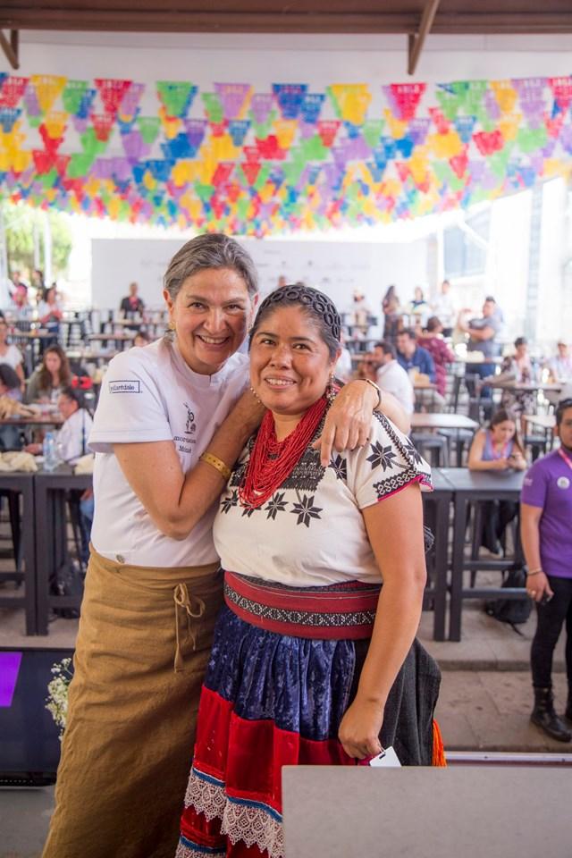 MEB 2019, gastronomía mexicana y cocina michoacana. Mónica Patiño con Alicia Mateo