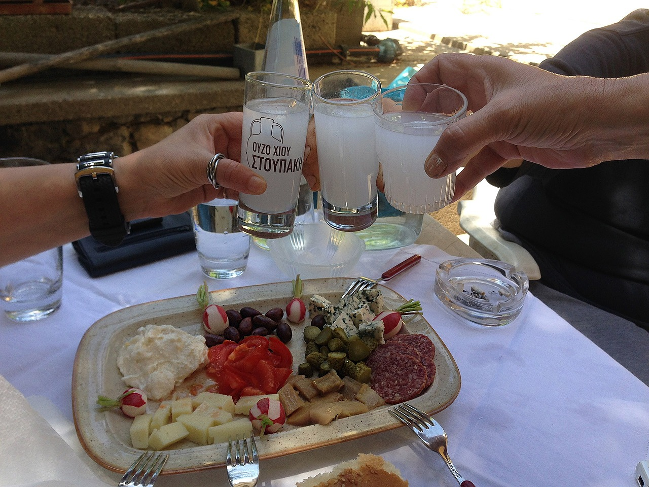 Ouzo bebida de Grecia comida