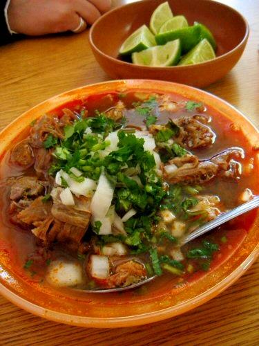 Birria, comida de Jalisco.