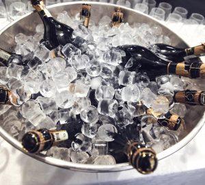 formas de enfriar el vino rápido