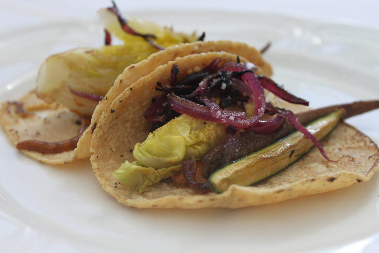 tacos de vegetales rostizados