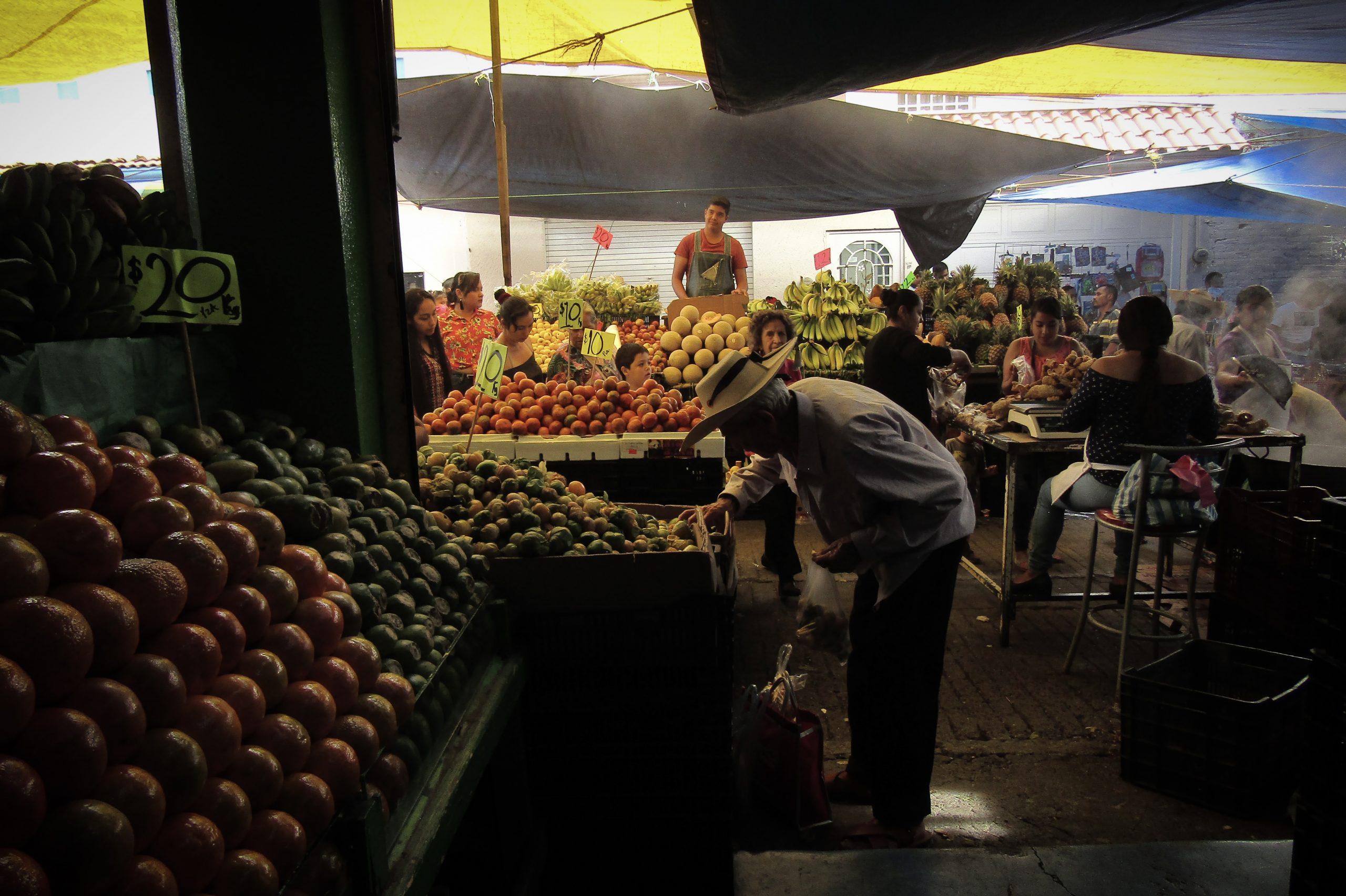 tianguis de México historia mercados sobre ruedas