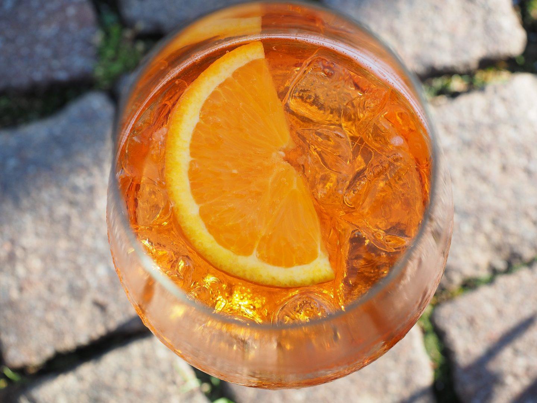 bebidas italianas aperol spritz negroni