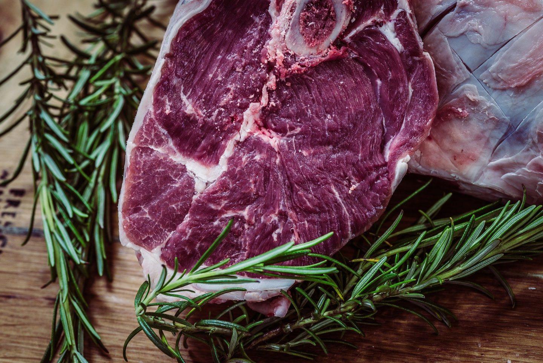 carne con romero